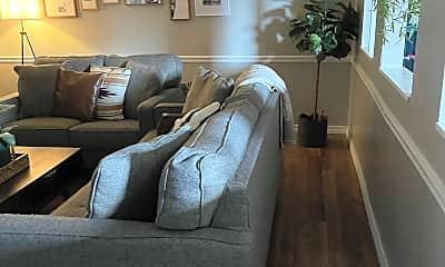 Living Room, 2926 Nall St, 1