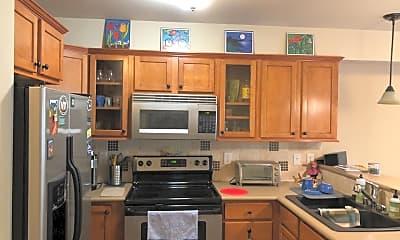 Kitchen, 700 32nd St., 1