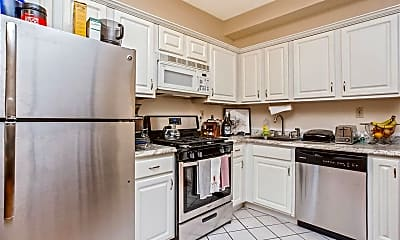 Kitchen, 532 Washington St, 1