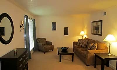 Living Room, Bellemont Apartment Homes, 2