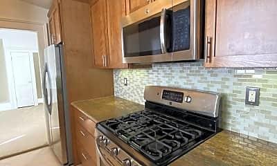 Kitchen, 416 Austin St, 1