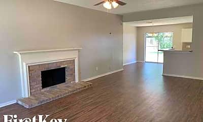 Living Room, 21219 Park Bluff Dr, 1