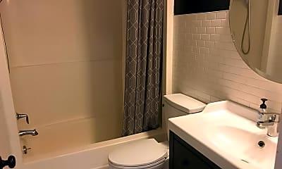 Bathroom, 4101 Parklawn Ave Apt 334, 2