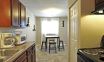 Kitchen, Stonebrook of Evansville, 0