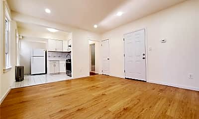 Living Room, 93-04 75th St 2ND, 1