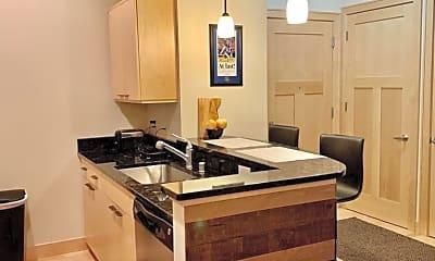 Kitchen, 625 E Mifflin St, 1