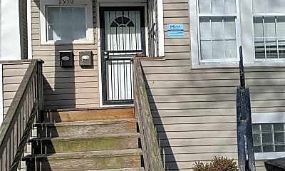 Building, 2910 E 78th St, 2