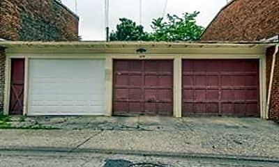 Building, 458 W Market St, 2