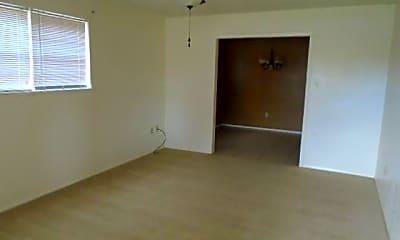 Bedroom, 874 N Judge Ely Blvd, 1