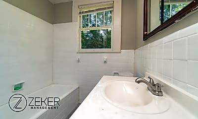 Bathroom, 3369 Montezuma Rd, 2