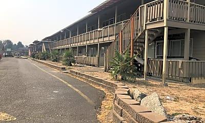 Continental Village, 0