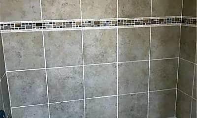 Bathroom, 7500 Roswell Rd 44, 2