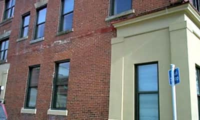 Sharpsburg Apartments, 0