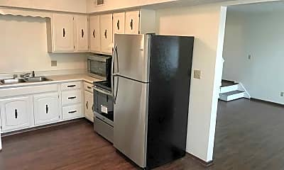 Kitchen, Farmdale Apartments, 1