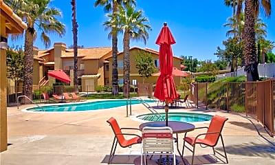Pool, 42140 Lyndie Ln 7, 2