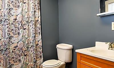 Bathroom, 3623 Falls Rd, 2