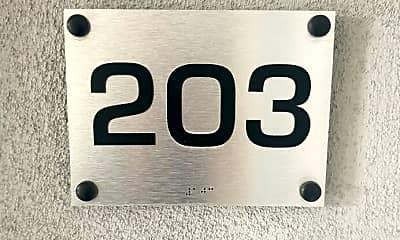 1611 S Beverly Glen Blvd 203, 2