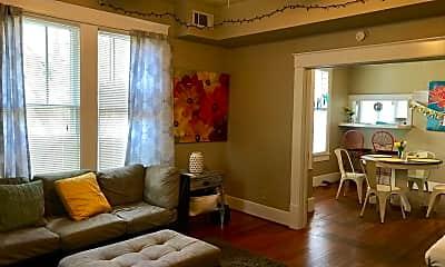 Living Room, 312 W 37th St, 1