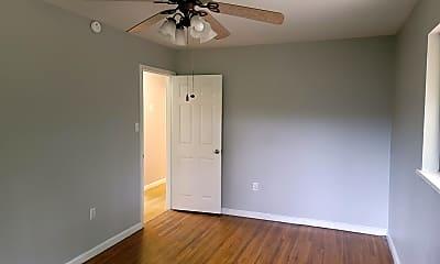 Bedroom, 10 Kaye Ln, 2