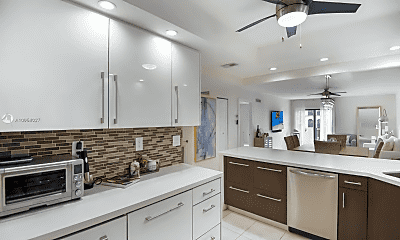 Kitchen, 6901 Edgewater Dr, 0