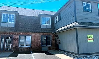 Building, 242 Wood St B, 0