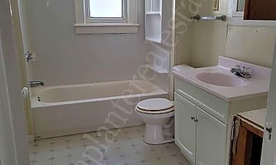 Bathroom, 2612 Foraker Ave, 2
