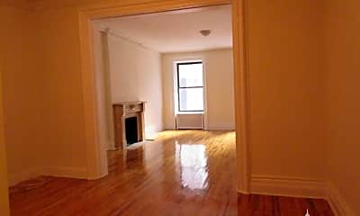 Living Room, 935 8th Ave, 1