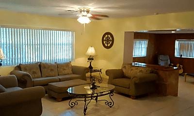 Living Room, 2359 N Wallen Dr, 0