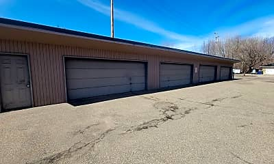 Building, 1310 Maryland Ave E, 2