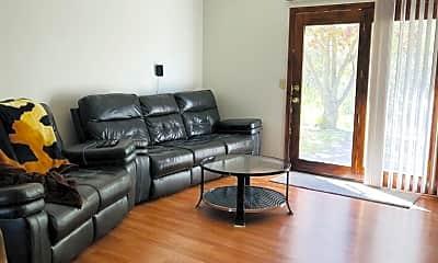 Living Room, 930 Windwood Dr, 1