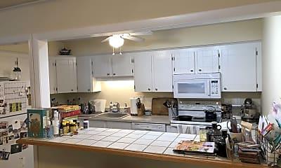 Kitchen, 17 Eaglehead Terrace, 1