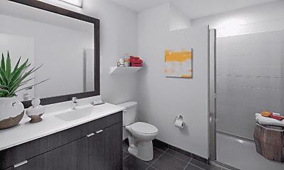 Bathroom, 999 S Clark St, 1