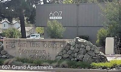 Community Signage, 607 Grand Ave, 1