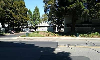 Pacific Heights Townhomes, 1