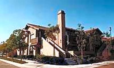 Eastridge Apartment Homes, 1