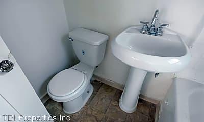 Bathroom, 1316 S Mariposa Ave, 2