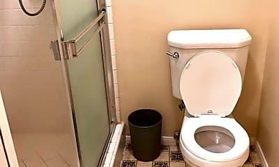 Bathroom, 1000 N Edinburgh Ave, 2