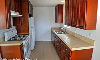 Kitchen, 308 Avenida Granada, 2