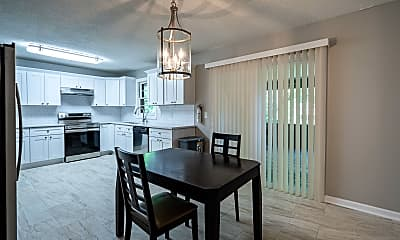 Room for Rent - Marietta Home, 1