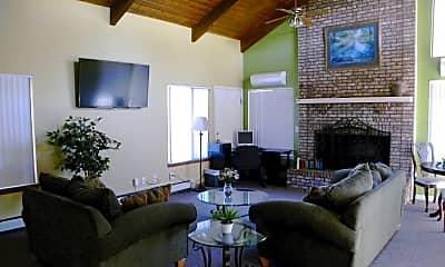 Living Room, 781 Hathaway Drive, 1