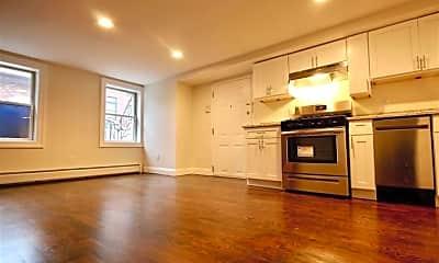 Kitchen, 158 6th St GARDEN, 1