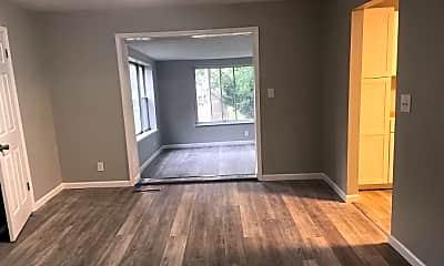 Living Room, 4097 Beechwood Dr, 2