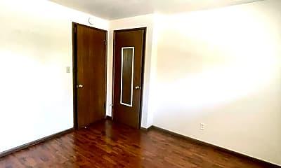 Bedroom, 946 10th Ave E, 1