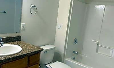 Bathroom, 245 Pearl St, 2