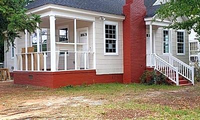 Building, 501 Hillcrest Ave, 1