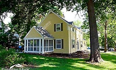 Building, 501 Fairchild Terrace, 1