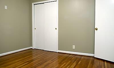 Bedroom, 2814 Valley Rd, 2