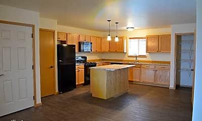Kitchen, 1438 Wynne Ave, 1