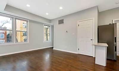 Living Room, 1411 W Flournoy St, 1