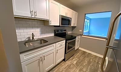 Kitchen, 6811 S Paxton Ave, 1